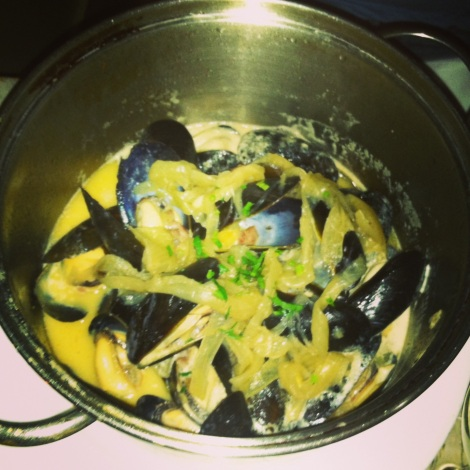 San Daniele - Mussels, Caramelized Onions, Prosciutto, White Wine, Garlic