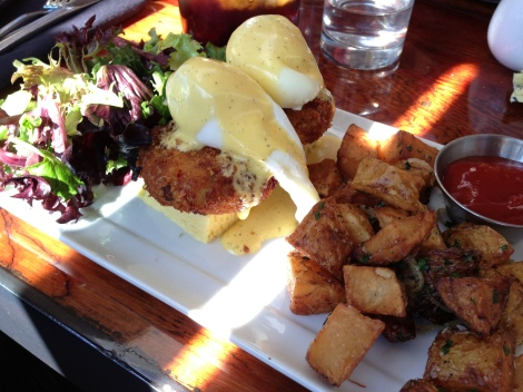 Red Rock Crab, Poached Eggs, Béarnaise, Focaccia, Market Greens, Potatoes