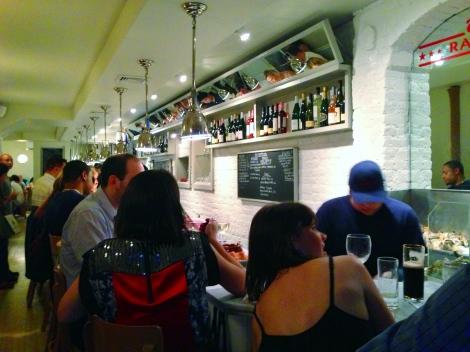 inside - ed's lobster bar