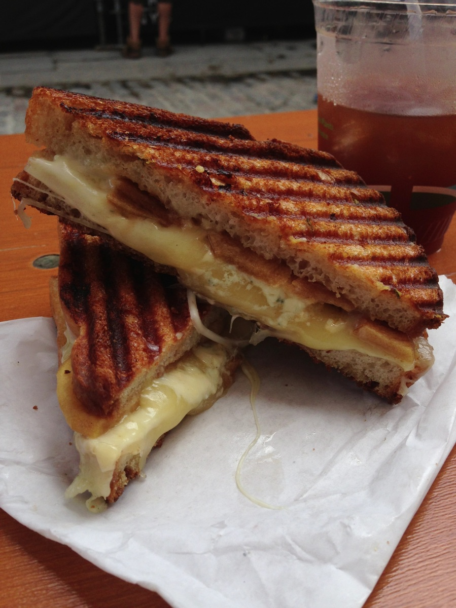Milk Truck Grilled Cheese (at Smorgasbar)