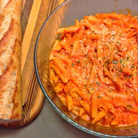 Penne Vodka & French Baguette
