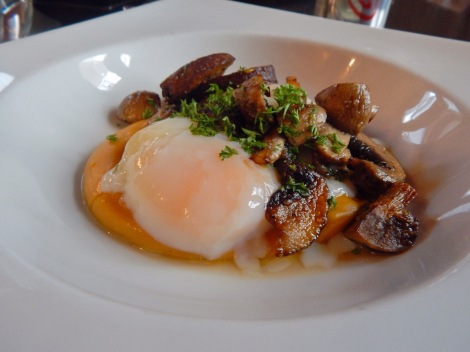 45-minute Egg with Sweet Potato Puree and Mushrooms Madrigal Panama City, Panama