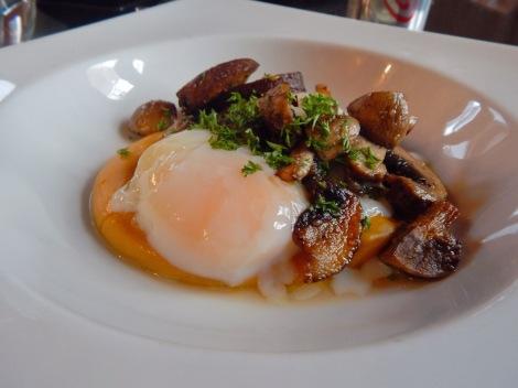 45-minute Egg with Sweet Potato Puree and Mushrooms Madrigal Panama City, Panama