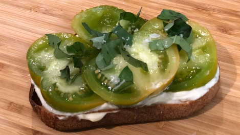 Heirloom Tomato and Mayo Toast